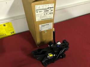 Nos New 2004 2007 Saturn Ion Shifter 15835451
