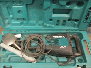 Makita 14 Amp 27 Lb Avt Demolition Hammer With Case Variable Speed Corded Teal