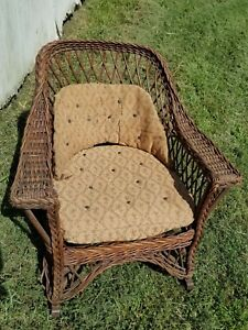 Antique Wicker Rocking Chair With Seat Springs