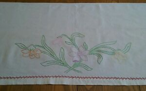 Vintage Long Runner Hand Embroidered Floral 17 X70
