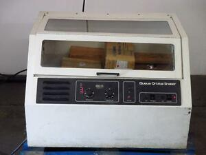 Queue 4730 Benchtop Radial Orbital Shaker Laboratory Incubator Oven W Parts
