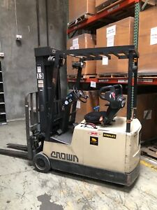 Crown 35sctt Sit Down Electric Forklift Runs Great Charger Inclu Financing