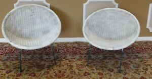 Pair Vintage Mid Century Retro Atomic Wicker Saucer Clamshell Sputnik Chairs 50s