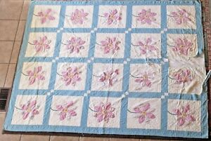 Vintage Quilt 12 Applique Flower Motif Blocks Hand Pieced Quilted 70 X 84 1940