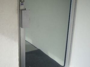30 X 10 Ft One Way Mirror Film Reflective Silver 20 Window Tint Super Privacy