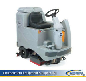 Reconditioned Advance Adgressor 3220c Rider Floor Scrubber