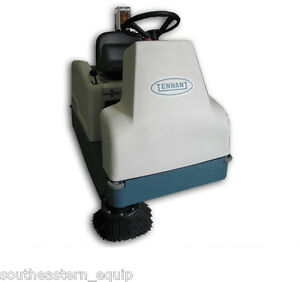 Reconditioned Tennant 6100 Battery Ride on Sweeper