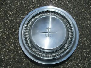 One Factory 1967 To 1969 Lincoln Continental Hubcap Wheel Cover