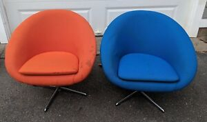 Pair Mid Century Modern Overman Chrome Lounge Chairs