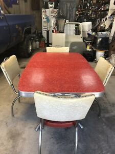 Vintage 1950 S Formica Table And Chairs Great Condition