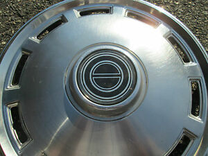 One Factory 1979 To 1985 Ford Mustang 14 Inch Hubcap Wheel Cover