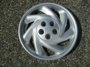 One 1995 To 1999 Chevy Cavalier Bolt On 15 Inch Hubcap Wheel Cover