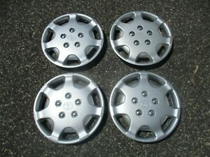 1992 To 1994 Toyota Camry 14 Inch Factory Hubcaps Wheel Covers