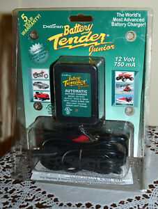 Deltran Battery Tender Junior 12 Volt 750 Ma Maintainer Charger New In Package