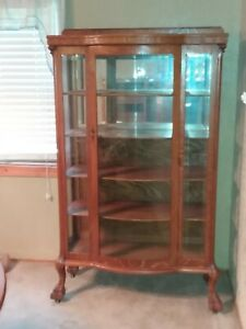 Antique Oak China Cabinet With Curved Glass Front Beveled Glass Bear Claw