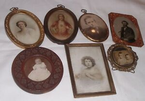 Group Small Antique Estate Picture Photo Frames Brass Carved Wood Tintype Etc