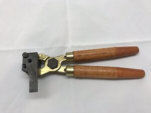 45 cal bullet mold With Wooden Handles