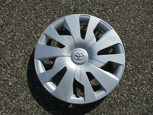 One Factory 2015 To 2017 Toyota Yaris 15 Inch Hubcap Wheel Cover