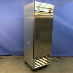 True T 23 Single Section Reach in Solid Door Stainless Restaurant Refrigerator