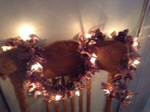 Country Primitive 10 Barn Red And Tan Garland Swag Hand Tied With Lights