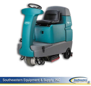 Reconditioned Tennant T7 32 Rider Floor Scrubber