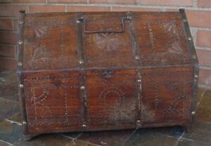 Hand Carved Wooden Antique Carpenters Tool Dowry Chest Rare Piece India