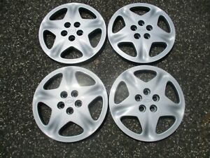 Factory 2000 To 2002 Chevy Cavalier 15 Inch Bolt On Hubcaps Wheel Covers