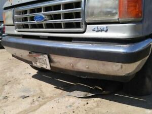 Front Bumper Chrome With Pad Fits 87 91 Bronco 174620