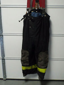 46 X 28 Quaker Safety Firefighter Fire Turnout Pants Bunker Turn Out Gear 1996