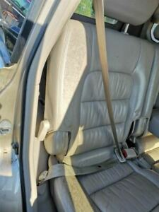 Lx470 2000 Rear Seat Belts 197392