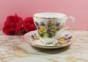 Vtg Duchess 346 Tea Cup Saucer Bone China Made In England