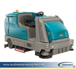 Demo Tennant M17 Battery Powered Ride On Sweeper Scrubber Ech 20