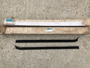 Nos 73 78 Chevy Gmc Ck Door Window Seals Gm Blazer Jimmy Silverado 345783 345784
