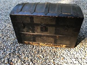Antique Wood Metal Steamer Trunk Chest 28 L X 15 1 2 W X 18 H