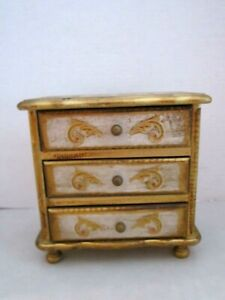 Vintage Italian Florentine Hand Painted Gold Gilt Tole Wood Chest Jewelry Box