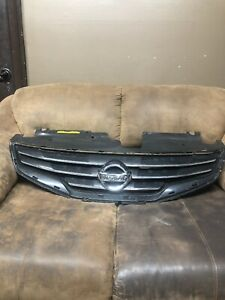 2010 2012 Nissan Altima Front Grille Oem 62070 Zx00a