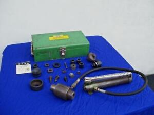 Greenlee 7646 a Hydraulic Knockout Punch Driver Set With 767 a Hydraulic Ram