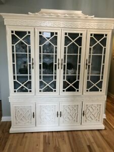 Chinoiserie Breakfront China Cabinet Hutch White Excellent