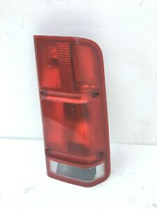2000 2002 Land Rover Discovery 2 Right Taillight