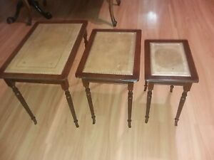Three Vintage Graduated Size Leather Top Nesting Tables Curved Cabriole Legs
