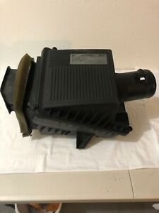 2016 2017 Chevrolet Silverado Air Cleaner Assembly Filter Box Housing Oem