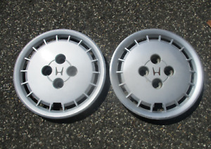 Lot Of 2 1984 1985 Honda Accord 13 Inch Bolt On Hubcaps Wheel Covers