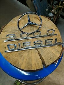 Mercedes Benz 300d Emblem Trunk Kit