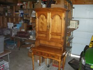 Vintage Cushman Colonial Rock Maple Desk W Detachable Bookcase Hutch