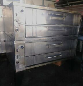 Bakers Pride E541 Natural Gas Double Deck Pizza Ovens
