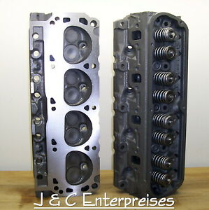 Pair 5 8 Small Block Ford Cylinder Heads 351w Trucks Vans Bronco Grand Marquis