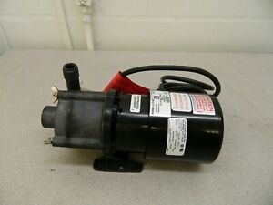 Little Giant Magnetic Drive Pump 1 25 Hp 7 1 Working Psi 581604