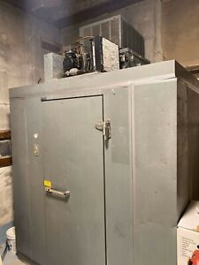 Norlake Walk In Freezer 4 4 6 5 Self Contained 115v With Floor Works Perfect