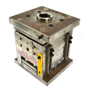 Futaba 4 post Injection Mold 5cm X 8cm Insert Die Frame Set Springloaded Bottom