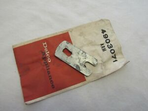 Nos 1958 59 Chevy Impala Belair Electric Windshield Wiper Motor Arm Gm 490523